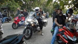 Po defilé ulicami Kovačice trošku oddychu neuškodilo ani jednému motorkárovi