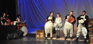 Veselé a rozospievané tučniaky a holubica z Trnavy
