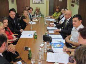 Zo stretnutia predstaviteľov Koordinácie NRNM a Ministerstva osvety (Foto: NRSNM)