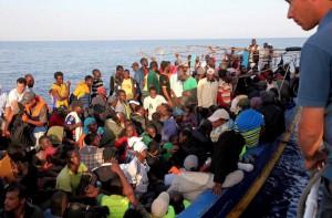 Podľa IOM len v auguste prešlo z Lýbije do Talianska 18-tisíc migrantov a utečencov