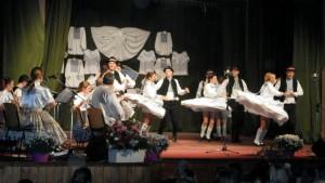 V programe hruškárov sa vystriedali krása spevu a tanca a vtipy osvedčených hercov
