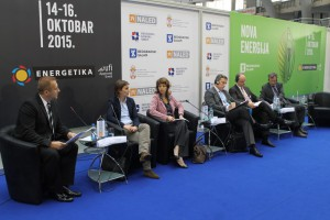 Hlavní hostia panelu, ktorý dominoval dnešným snemovaniam o energetike