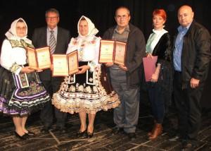 Laureáti Ceny MS Kysáč a predseda RMS (prvý zľava)