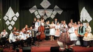 Milovníci slovenských ľudových piesní prišli dnes večer na svoje