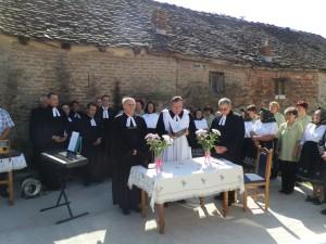 Slávnosť pri cirkevno-zborovom dome