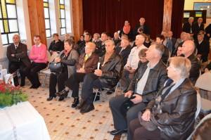 Hajdušičania a ich hostia na premiére