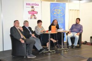 Záber z prezentácie SVC: (zľava) Jaroslav Čukan, Jaroslav Rezník, Mária Katarína Hrkľová, Vladimír Valentík a Boris Michalík