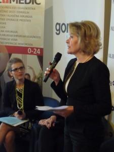 Na otvorení konferencie sa prihovorila aj riaditeľka Magyar Szó Rosalija Ekres
