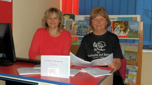 Autorky profesorky Anna Hrková a Zuzana Lenhartová pri svojej druhej príručke zo slovenského jazyka