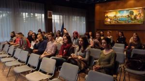 Študenti slovakistiky, ale aj slavistiky na projekcii filmu