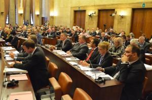 Správa o realizácii rozpočtu bez podpory opozície