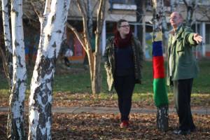 Katrin Stupavská v mini-parku Medzi brezami (Foto: NKN)