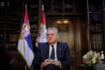 Prezident Nikolić podpísal zmeny Zákona o poľnohospodárskej pôde