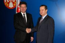 V Belehrade sa stretli ministri Dačić a Lajčák