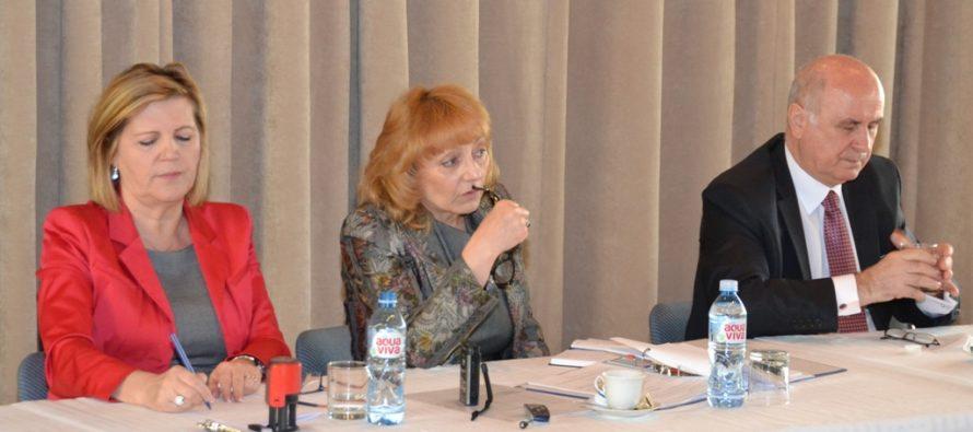 Poprední predstavitelia ÚSŽZ sa stretli so zástupcami slovenskej komunity v Srbsku na Veľvyslanectve SR v Belehrade
