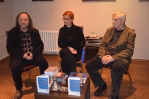 Víťazoslav Hronec v spoločnosti s riaditeľkou ÚKVS Annou Chrťanovou-Leskovac a riaditeľom SVC Vladimírom Valentíkom