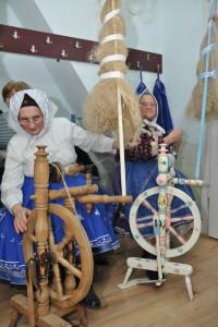 Tak ako kedysi: priadky v Petrovci