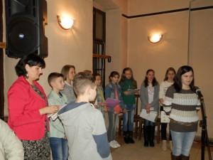 Krásnym slovom oslovila študentka Monika Bažaľová
