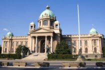 Republikové zhromaždenie schválilo Zákon o verejných podnikoch