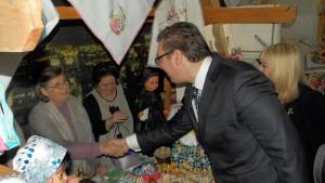 Premiér Vučić v rozhovore s Elenou Haníkovou, predsedníčkou Spolku žien z Padiny