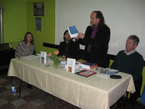 Vladimír Valentík predstavil aj vlaňajšiu bohatú knižnú produkciu SVC