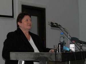 Príkladné ticho vládlo kým hovorila veľvyslankyňa Slovenskej republiky v Srbsku Dagmar Repčeková