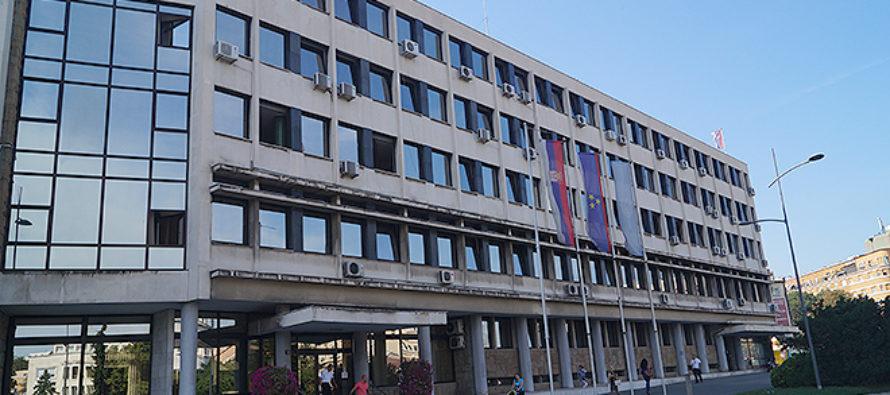 Mestská volebná komisia rozhodla o farbe hlasovacích lístkov v Novom Sade