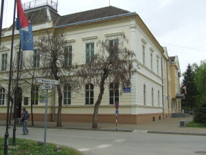 Budova Obecného zhromaždenia v Báči