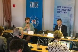 Alena Šranková hovorila o programe Verejné financie pre rozvoj na ZMOS konferencii