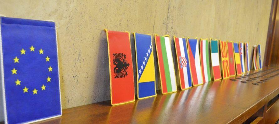 Simulácia Európskeho výboru regiónov v pokrajinskom Zhromaždení