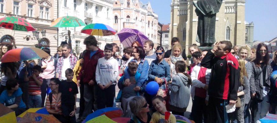 2. apríl – Svetový deň osôb s autizmom