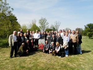 Účastníci dnešnej pietnej slávnosti v Hložanoch