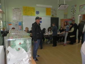 Jedno z troch volebných miest v ZŠ hrdinu Janka Čmelíka