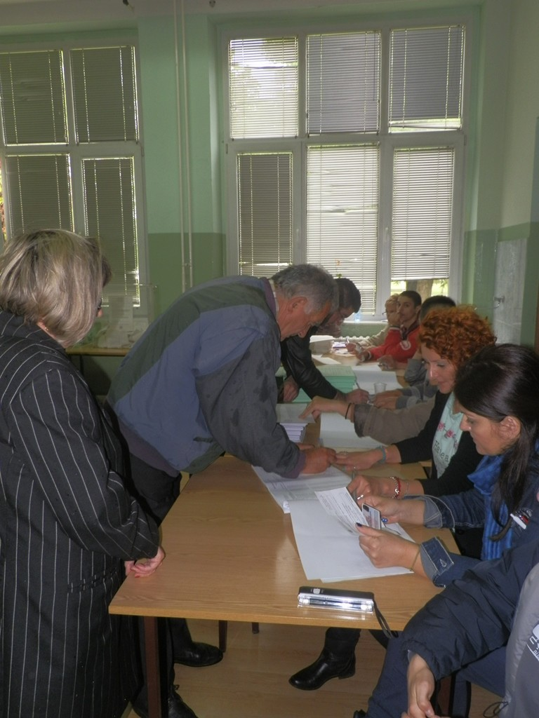 Počas volieb v Starej Pazove