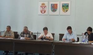 Pracovné predsedníctvo na zhromaždení v Petrovci