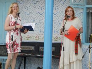 Obidve programy viedli s úsmevmi Milina Sklabinská (zľava) a Zdenka Valentová-Belićová