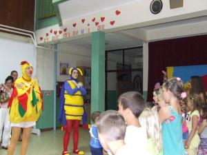 Priateľstvo je najdôležitejšie na svete – odkaz divadelnej scénky počas Vidovdanu (Foto: V. Dorčová-Valtnerová)