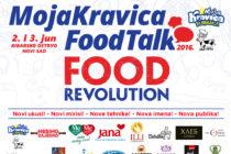 Oliver Mlakar, hviezda zajtrajšieho Food Talk-a v Novom Sade, v úlohe moderátora