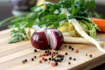 Facebook ako inšpirácia v kuchyni. Plus recept na kebab s baklažánom.
