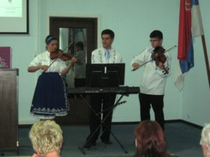 Program hudbou a spevom spestrila hudobncka rodina Súdiovcov zo Selenče