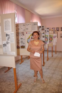 Dokumentárna výstava o SNS a jej autorka Anna Struhárová