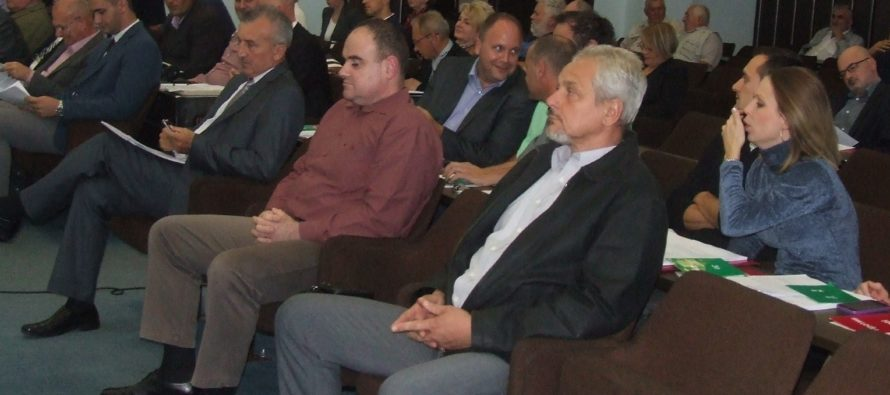 Petrovské zhromaždenie vymenovalo troch úradujúcich riaditeľov