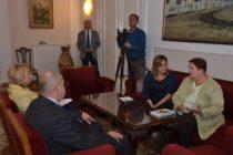 Veľvyslankyňa Repčeková na návšteve u predsedu pokrajinského Zhromaždenia