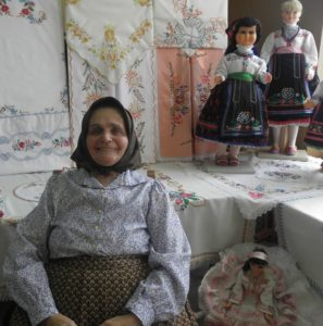 Katarína Belániová a jej výšivky na samostatnej výstave