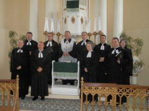 Farárky a farári báčskeho seniorátu s biskupom Samuelom Vrbovským