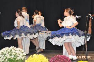 Vystúpenie staršej detskej tanečnej skupiny