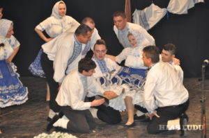 Presvedčivý výkon znovu zoskupenej staršej tanečnej skupiny