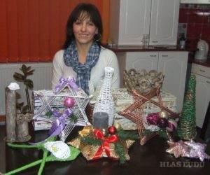 Jasna Podkonjaková svoj voľný čas venuje záľube-pleteniu predmetov z papiera