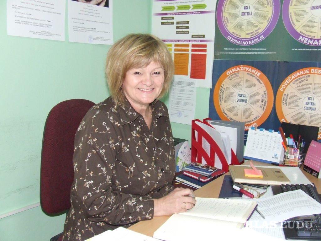 Biljana Drakulićová, úradujúca riaditeľka Strediska pre sociálnu prácu Obce Báčsky Petrovec (Foto: V. Dorčová-Valtnerová)