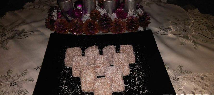 Máte radi kokosovú múčku? Prichystajte si Čokoládovo-kokosové rezy